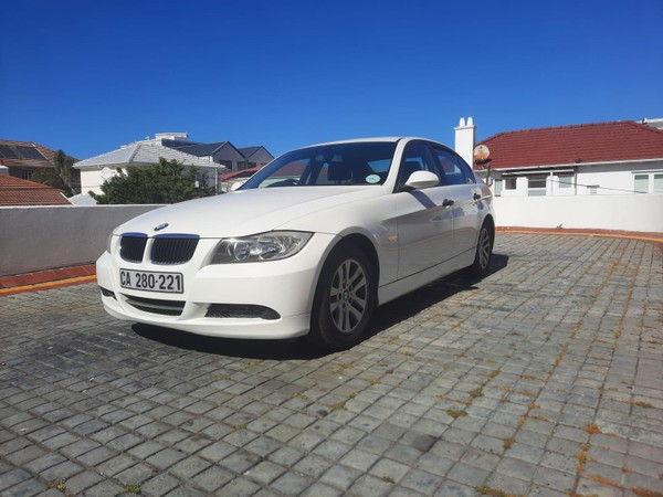2005 BMW 3 Series 320i Exclusive At e90  Western Cape Plumstead_0