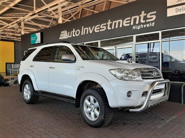 2011 Toyota Fortuner 3.0 D-4D Raised Body 4x4 Gauteng Centurion_0