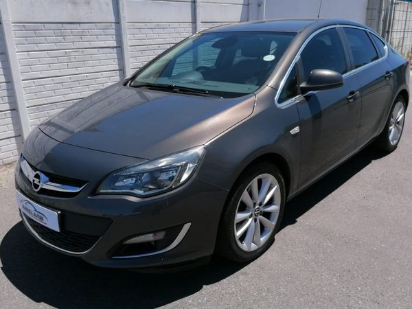 2014 Opel Astra 1.6T Cosmo Western Cape Bellville_0