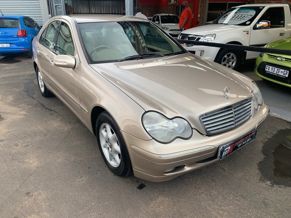 2001 Mercedes-Benz C-Class C 200k Avantgarde At  Gauteng Boksburg_0