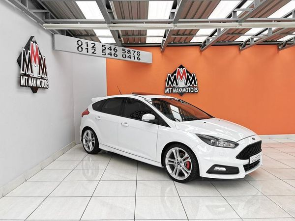 2016 Ford Focus 2.0 Gtdi St3 5dr  Gauteng Pretoria_0
