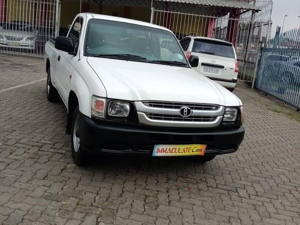 2003 Toyota Hilux 2000 Pu Sc  Gauteng Benoni_0