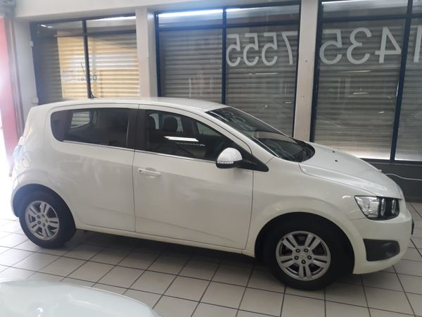 2015 Chevrolet Sonic Excellent condition full house accident free Gauteng Johannesburg_0