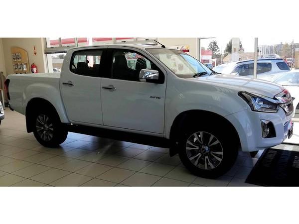 2021 Isuzu D-MAX 300 LX Auto Double Cab Bakkie Mpumalanga Secunda_0
