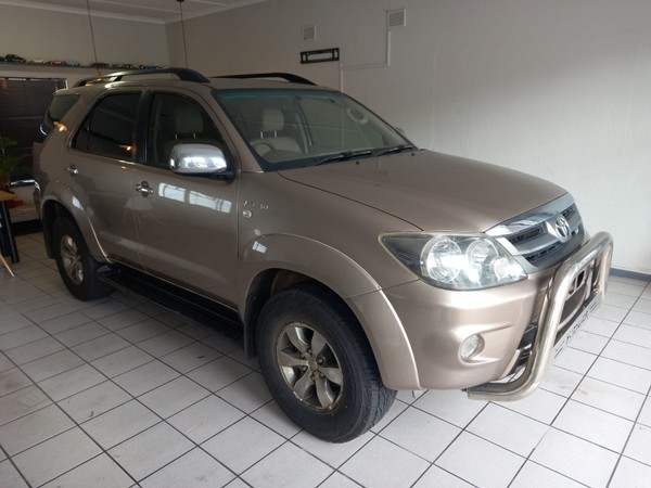 2008 Toyota Fortuner 4.0 V6 At 4x4  Western Cape Cape Town_0