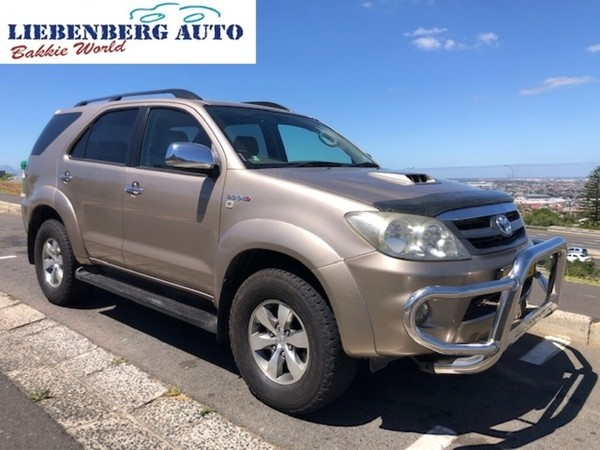 2007 Toyota Fortuner 3.0d-4d Raised Body  Western Cape Cape Town_0