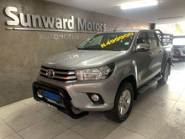 2017 Toyota Hilux 2.8 GD-6 Raider 4X4 Double Cab Bakkie Auto Gauteng Silverton_0