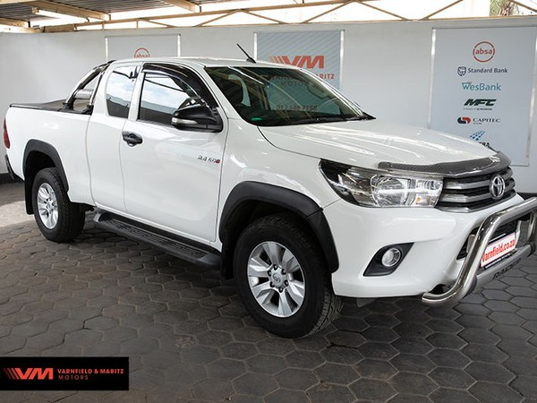 2017 Toyota Hilux 2.4 GD-6 Raised Body SRX Extended Cab Gauteng Pretoria North_0