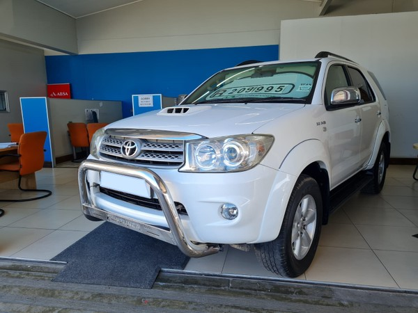 2010 Toyota Fortuner 3.0d-4d Rb  Western Cape Goodwood_0