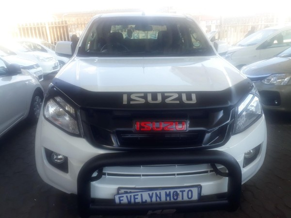 2011 Toyota Fortuner 3.0 D-4D Raised Body Gauteng Johannesburg_0