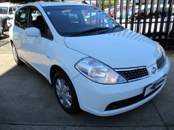 2011 Nissan Tiida 1.6 Visia  MT Hatch Gauteng Alberton_0
