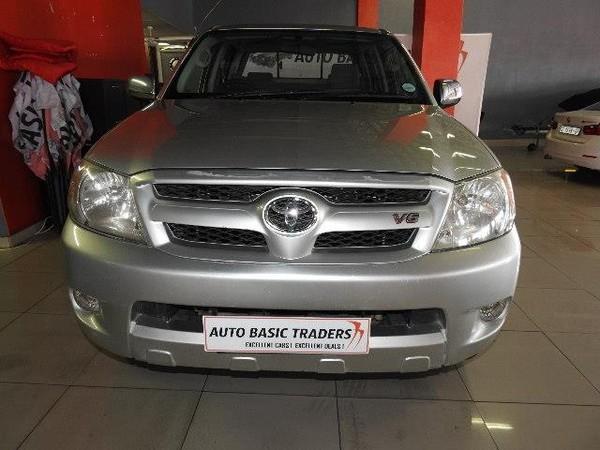 2007 Toyota Hilux 4.0 At Raider 4x4 Pu Dc  Gauteng Pretoria_0
