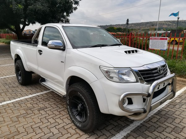 2012 Toyota Hilux LEXUS V8 AT CONVERSION   Gauteng Montanapark_0