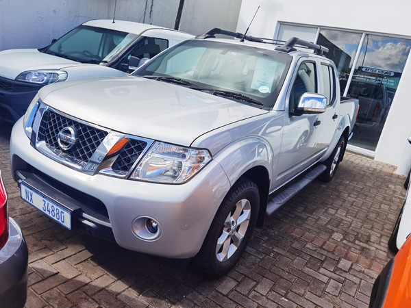 2014 Nissan Navara 2.5 Dci Le Pu Dc  Eastern Cape East London_0