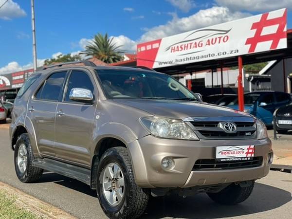 2007 Toyota Fortuner 4.0 V6 Raised Body  Gauteng Kempton Park_0