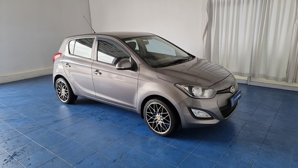 2013 Hyundai i20 1.4 Glide  Western Cape Cape Town_0