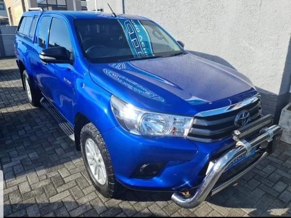 2016 Toyota Hilux 2.4 GD-6 RB SRX Extended Cab Bakkie Eastern Cape East London_0