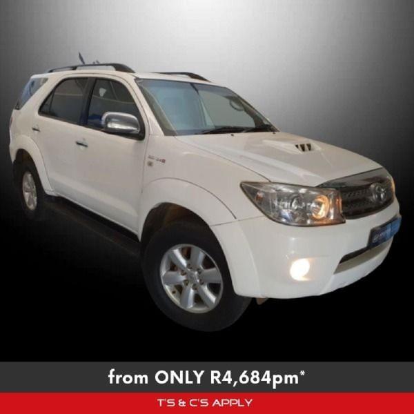 2011 Toyota Fortuner 3.0d-4d 4x4  Gauteng Westonaria_0