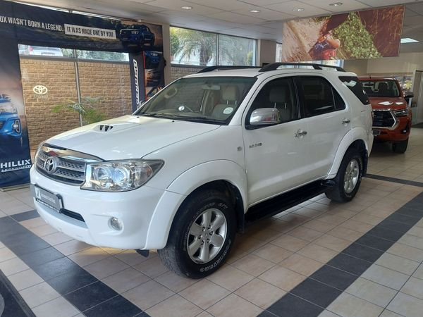 2010 Toyota Fortuner 3.0d-4d Rb  Eastern Cape Joubertina_0