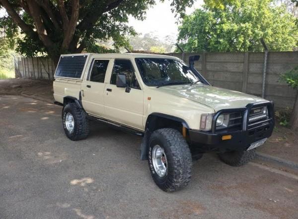 1987 Toyota Hilux 2200 4x4 Pu Dc  Western Cape Swellendam_0