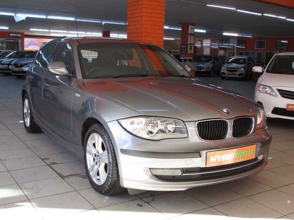 2011 BMW 1 Series 118i At e87  Western Cape Cape Town_0