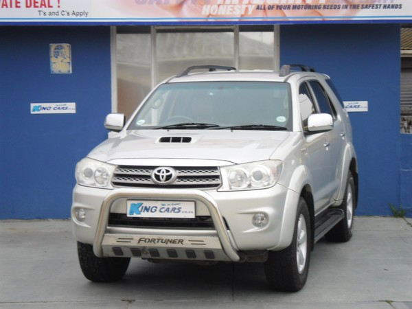 2011 Toyota Fortuner 3.0d-4d Rb  Eastern Cape Port Elizabeth_0