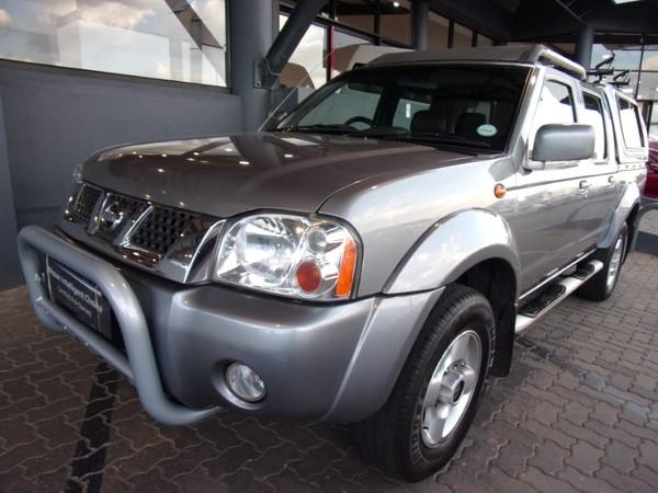 2004 Nissan Hardbody 3300i Sel 4x4 j66 Pu Dc  Gauteng Johannesburg_0
