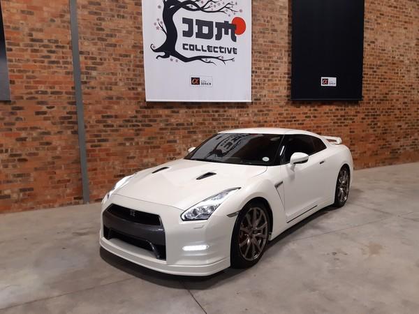 2015 Nissan GT-R Black Edition  Gauteng Modderfontein_0