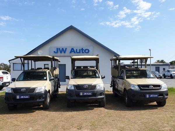 2010 Toyota Hilux GAME VIEWER - SAFARI CONVERSION 11 SEATER Eastern Cape Port Elizabeth_0