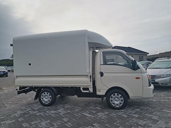 2016 Hyundai H100 Bakkie 2.6D AC Eastern Cape Port Elizabeth_0