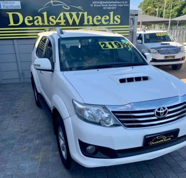 2012 Toyota Fortuner 2.5 D-4D Raised Body Western Cape Bellville_0