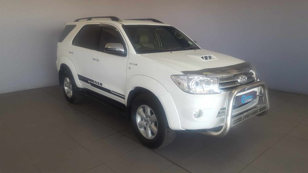 2011 Toyota Fortuner 3.0d-4d Rb 4x4  Western Cape Malmesbury_0