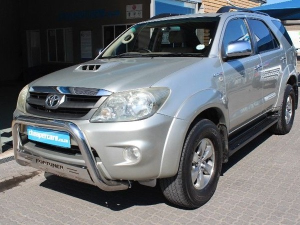 2006 Toyota Fortuner Toyota Fortuner 3.0d-4d Raised Body  Western Cape Bellville_0