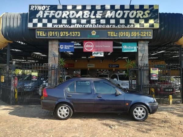 2002 Ford Ikon 1.6i Clx  Gauteng Kempton Park_0
