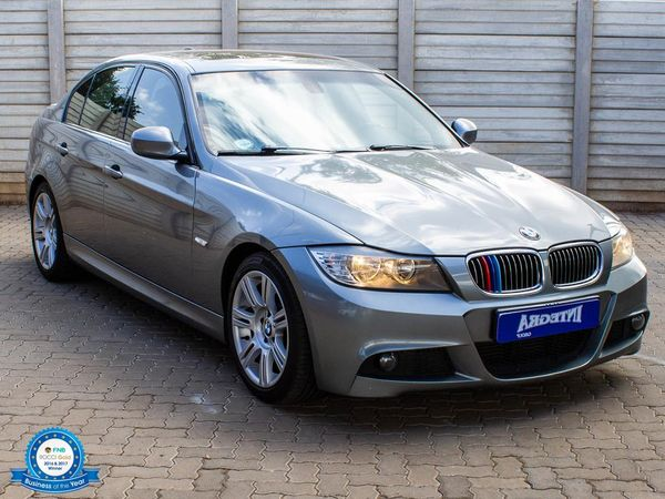 2011 BMW 3 Series 330d Sport At e90  Gauteng Roodepoort_0