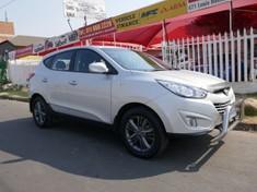 https://img-ik.cars.co.za/carsimages/tr:n-stock_medf_200/3904947.jpg?v=1483949459