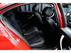 2015 BMW 3 Series 318i Auto Gauteng Centurion_4