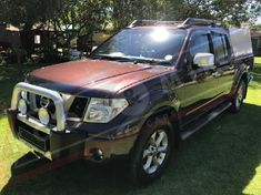 2009 Nissan Navara 4.0 V6 4x4 P/u D/c  Gauteng