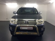 2011 Toyota Fortuner 4.0 V6 At  Limpopo Tzaneen_0