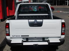 2019 Nissan NP300 Hardbody 2.4i 4X4 Double Cab Bakkie Gauteng Alberton_4