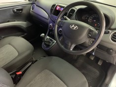 2013 Hyundai i10 1.1 Gls  Gauteng Vereeniging_3