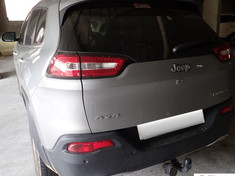 2015 Jeep Cherokee 3.2 Limited Auto Western Cape Goodwood_4
