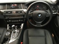 2016 BMW 5 Series 520i Auto Luxury Line Gauteng Pretoria_2