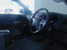2013 Toyota Hilux 2.5 D-4d Vnt 106kw Rb Pu Dc  Gauteng Soweto_3