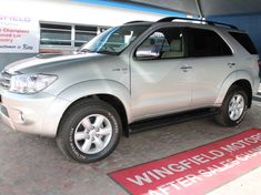 2011 Toyota Fortuner 3.0d-4d R/b 4x4  Western Cape