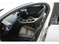 2016 Jaguar XE 2.0 Prestige Auto Gauteng Centurion_4