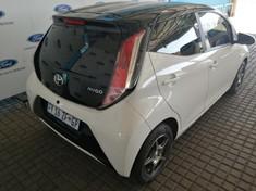 2016 Toyota Aygo 1.0 X- PLAY 5-Door Gauteng Johannesburg_4