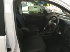 2020 Isuzu D-MAX 250 HO X-Rider Auto Double Cab Bakkie Western Cape George_4