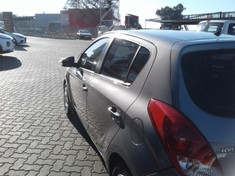 2015 Hyundai i20 1.4 Fluid At  Gauteng Roodepoort_3