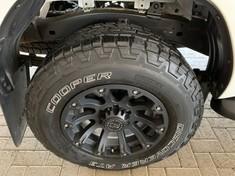 2020 Toyota Hilux 2.8 GD-6 Raider 4X4 Auto Double Cab Bakkie Mpumalanga Secunda_4